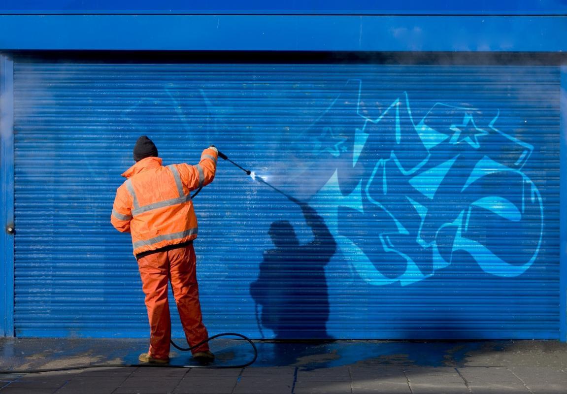 nettoyage hydrogommage Graffiti